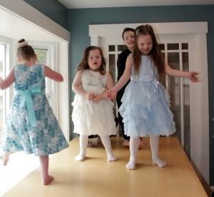 dancing_dolls